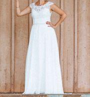 Brautkleid mit Cap Ärmeln und