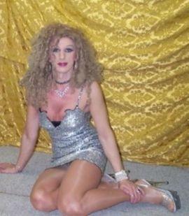 Sie sucht Ihn (Erotik) in Leer - 9 Anzeigen