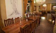 10 Tische 40 Stühle