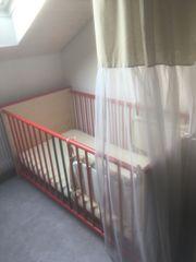 Hübsches Kinderbett 140 x 70
