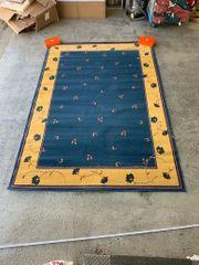 Zeitloser Premium Teppich 280 cm
