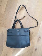 Guess Handtasche schwarz neuwertig