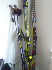 Herren sportliche Skiausrüstung alpin und
