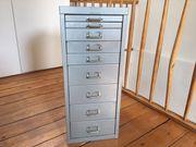 Schreibtisch Container