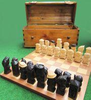 Hochwertiges exklusives Schachspielset aus Holz