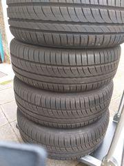 Sommer Reifen mit Felgen Radkappen