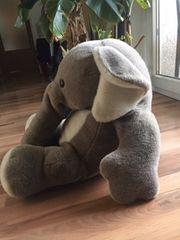 Elefant grau weiß Kuscheltier