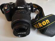 Nikon D60 Spiegelreflexkamera mit Lowepro-Tasche