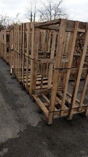 Brennholz Bauholz Holzbretter Holz