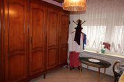 Schlafzimmer Kirschbaum neuwertig und massiv -