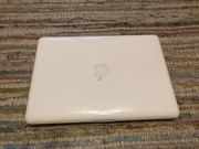 Apple Book 13 Mid 2010