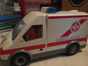 Playmobil Krankenwagen mit Licht