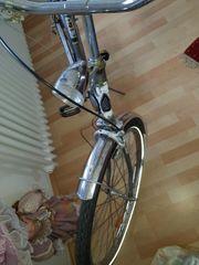 1 schönes altes 26er Damenrad