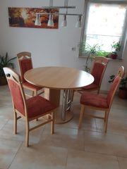 Tisch mit 4Stühlen