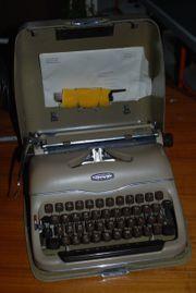 Triumph Schreibmaschine Norm Perfekt