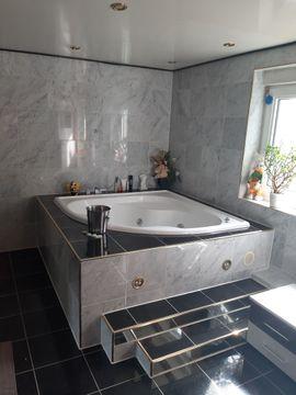 Vermietung Wohngemeinschaft - Mehrere Zimmer mit Luxus und