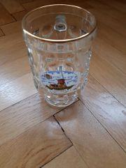 Bierglas mit Henkel Humpen Bierkrug