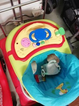 Baby- und Kinderartikel - lauflernsitz kleinkind
