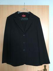 Frauen Anzug Gr 38 schwarz