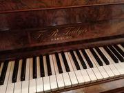 Klavier zu verschenken