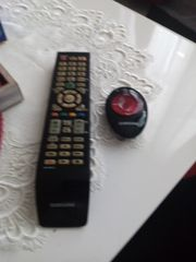 TV Samsung mit zwei Fernbedienung
