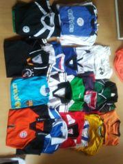 Fussball Shirts Gr 140 bis