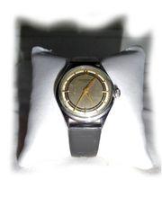 Elegante Junghans Armbanduhr