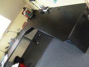 Homeoffice Schreibtisch über Eck mit