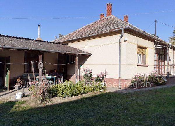 Haus in ruhige Lage Ungarn