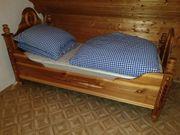 Handgefertigtes Bauernbett Massivholz