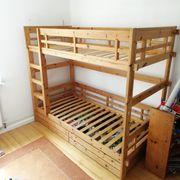 Doppelstock-Bett Vollholz massiv verzapft