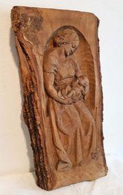 Maria mit Kind Madonna Baumscheibe