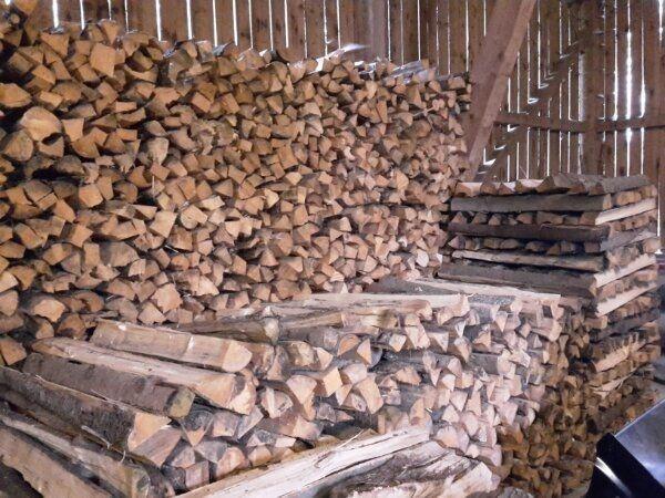 Brennholz ofenfertig Kaminholz Scheitholz Feuerholz