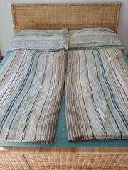 Bett mit Lattenrost 160x200