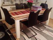Moderner und sehr schöner Echtholztisch