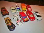 2 Konvolut 10 Spielzeugautos Mitte