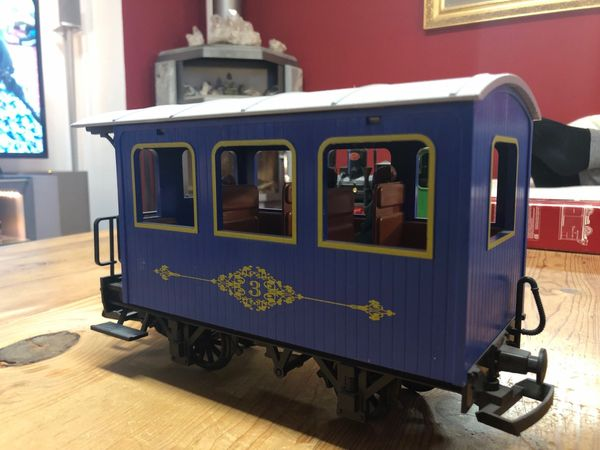 LGB Westernwagen blau mit Figuren