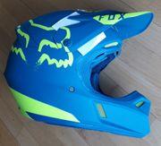 Fox V3 Moth Le Helmet