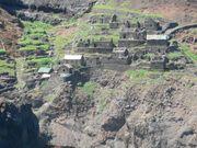 Grundstücke in einem verlassenem Dorf