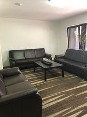 Couch mit Stühle