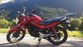 Honda CB125F (Top Zustand)