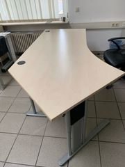 Großer Schreibtisch Neuwertig