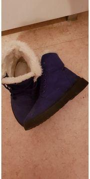Damen - und Herren - Schuhe