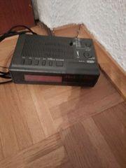 Radio Wecker mit Radio von