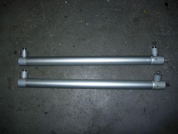Druckluftzylinder 2 Stück neu aber