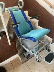 Scalamobil S27 mit Stuhl