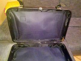 Taschen, Koffer, Accessoires - Toller alter schwarzer glänzender Lederkoffer