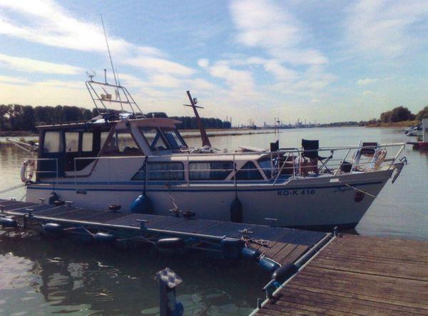 Motorboot Stahl sehr guter Zustand