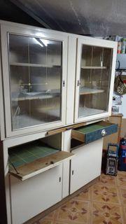 Vintage Küchenschrank zu verschenken