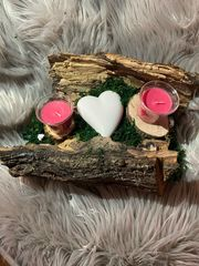 Holzschale mit Kerzen